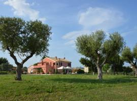 迈拉维吉乡村别墅酒店图片