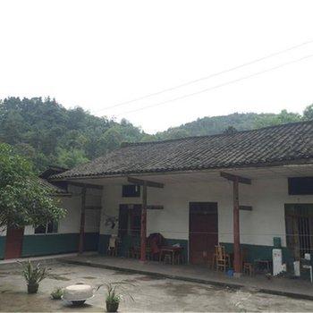 峨眉山杨三农家乐图片