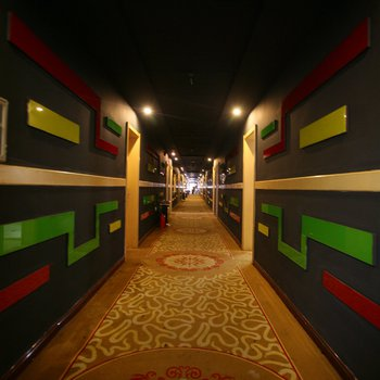 异国风情主题酒店(长沙铁道学院店)图片