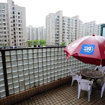 上海人家短租公寓(新国际博览中心店)图片