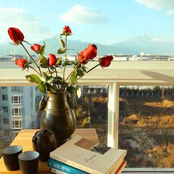 丽江360度雪山观景公寓图片